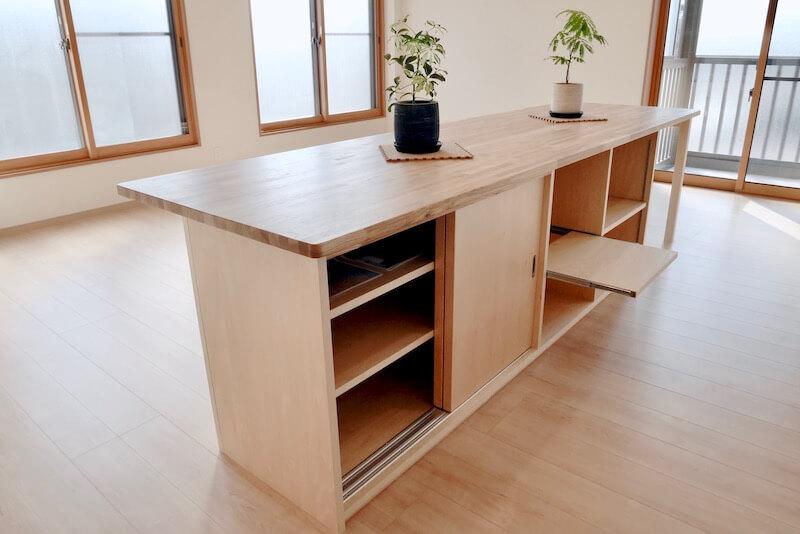 収納に便利なテーブル収納をオーダーで作りました。(新潟県村上市リフォーム・施工事例)|新潟県村上市〜新発田市エリア新築一戸建て・注文住宅・リフォーム工務店|石田建築